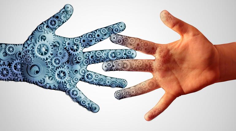"""ד""""ר אלון הסגל: עתידנות, טכנולוגיה ומה שביניהם"""