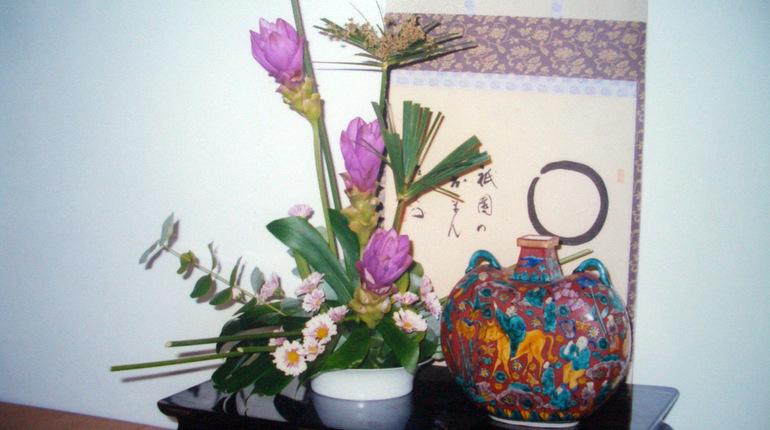 סדנה לעיצוב פרחים - בסגנון יפני ( איקבנה)